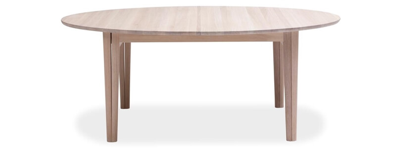 Naja SM78 spisebord i top sæbebehandlet egetræ