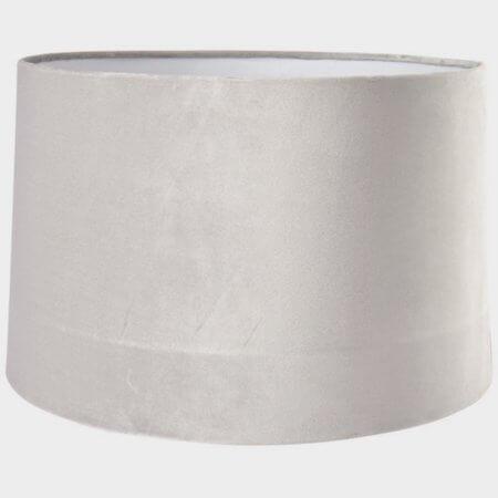 C'est Bon lampeskærm i lys grå farve der passer til nordisk indretning stil