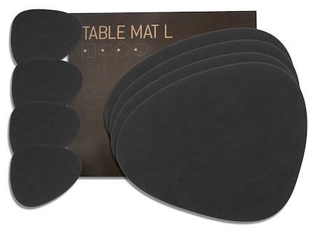 Lind DNA Gavesæt Curve med 4 bordskånere til kopper og 4 til spisebordet