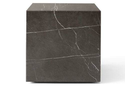 Menu_plinth_cubic_-_lille_sofabord_i_sort_marmor_der_fås_i_3_størrelserMenu_plinth_cubic_-_lille_sofabord_i_sort_marmor_der_fås_i_3_størrelser