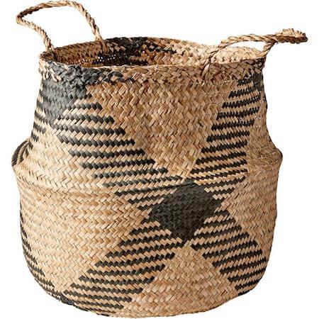 Mera flettet kurv i naturfarve der kan bruges til planter og vasketøj