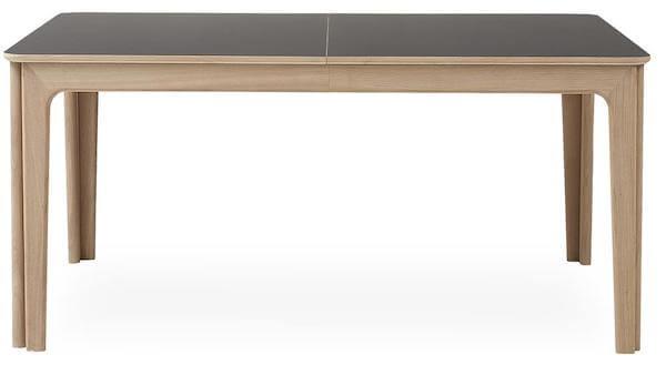 Skovby Michigan SM26 Spisebord - Praktisk egetræsbord med sort top laminat