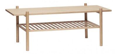 Hübsch firkantet sofabord - Flot egetræsbord med praktisk hylde