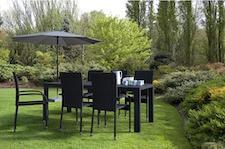 Filippa havemøbelsæt i sort nonwood og polyrattan